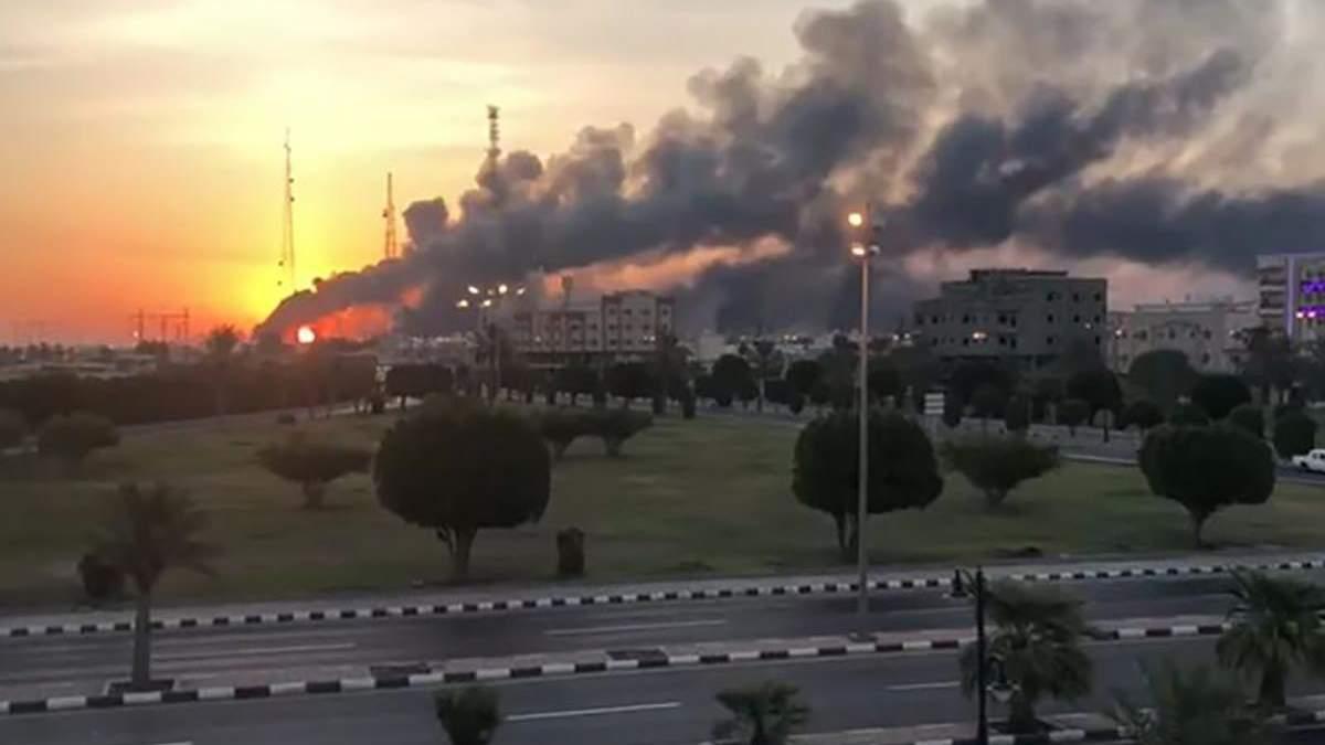 США довели причетність Ірану до атаки на саудівський нафтозавод: фото з супутника