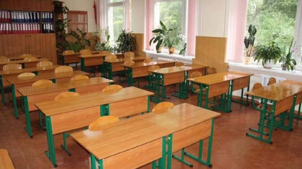 Окупанти стверджують, що школярі Криму знову вивчають українську