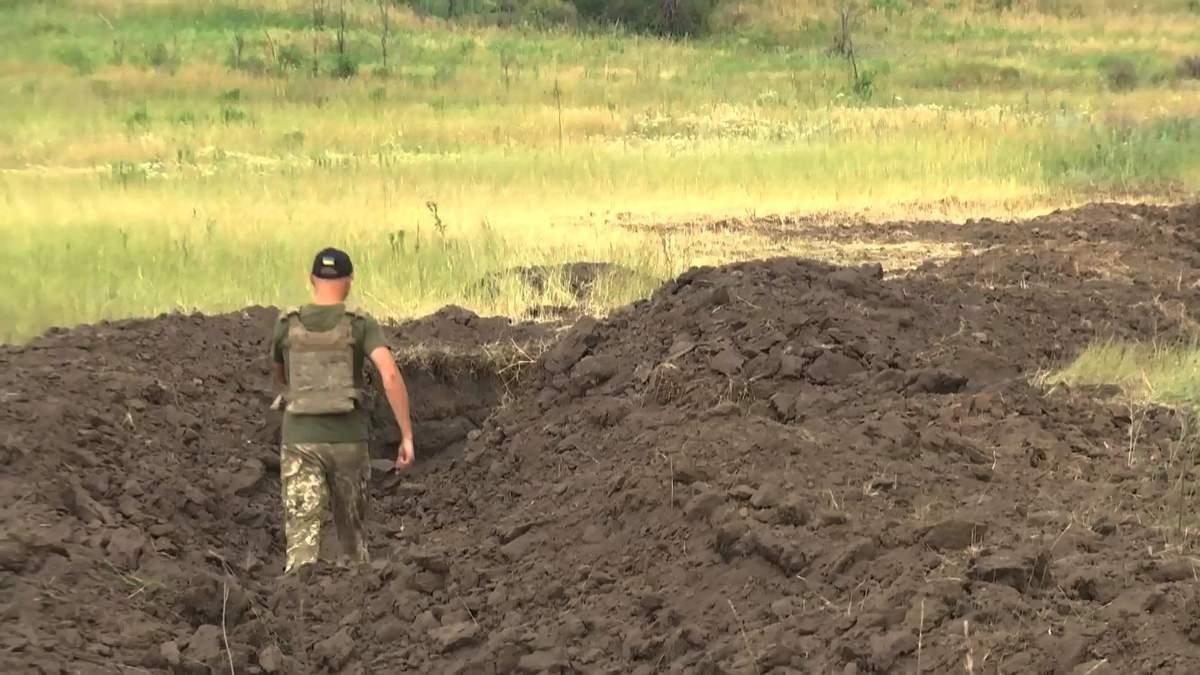 Розведення військ на Донбасі: як коментують військові та місцеві мешканці