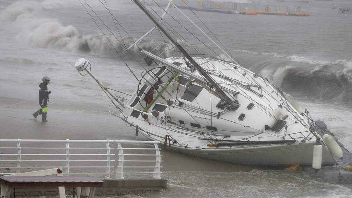 Тайфун Тапа в Южной Корее