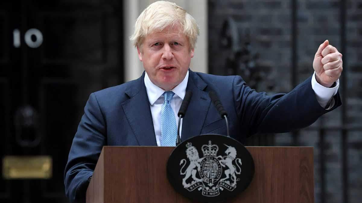 Борис Джонсон заявил, что не согласен с решением, однако будет его выполнять