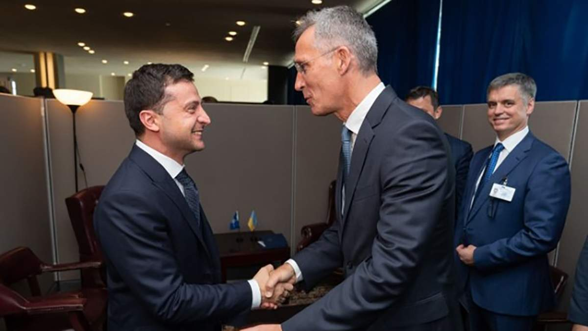Зеленський зустрівся з генсеком НАТО Столтенбергом: фото