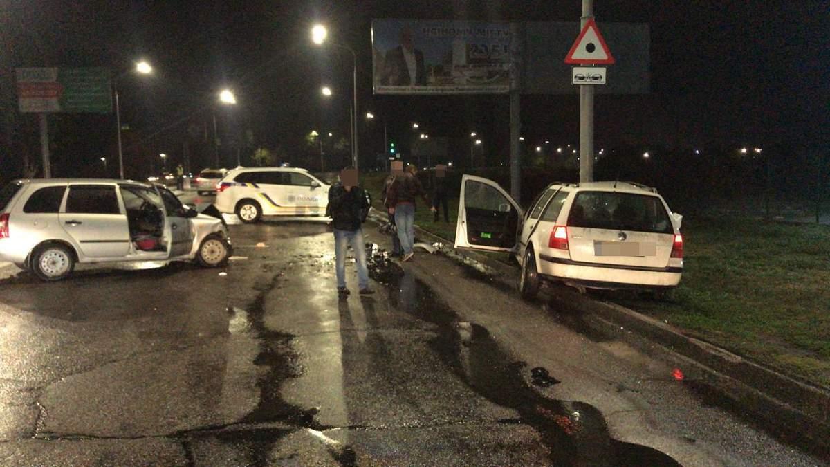 На Дніпропетровщині поліцейський спричинив п'яну ДТП