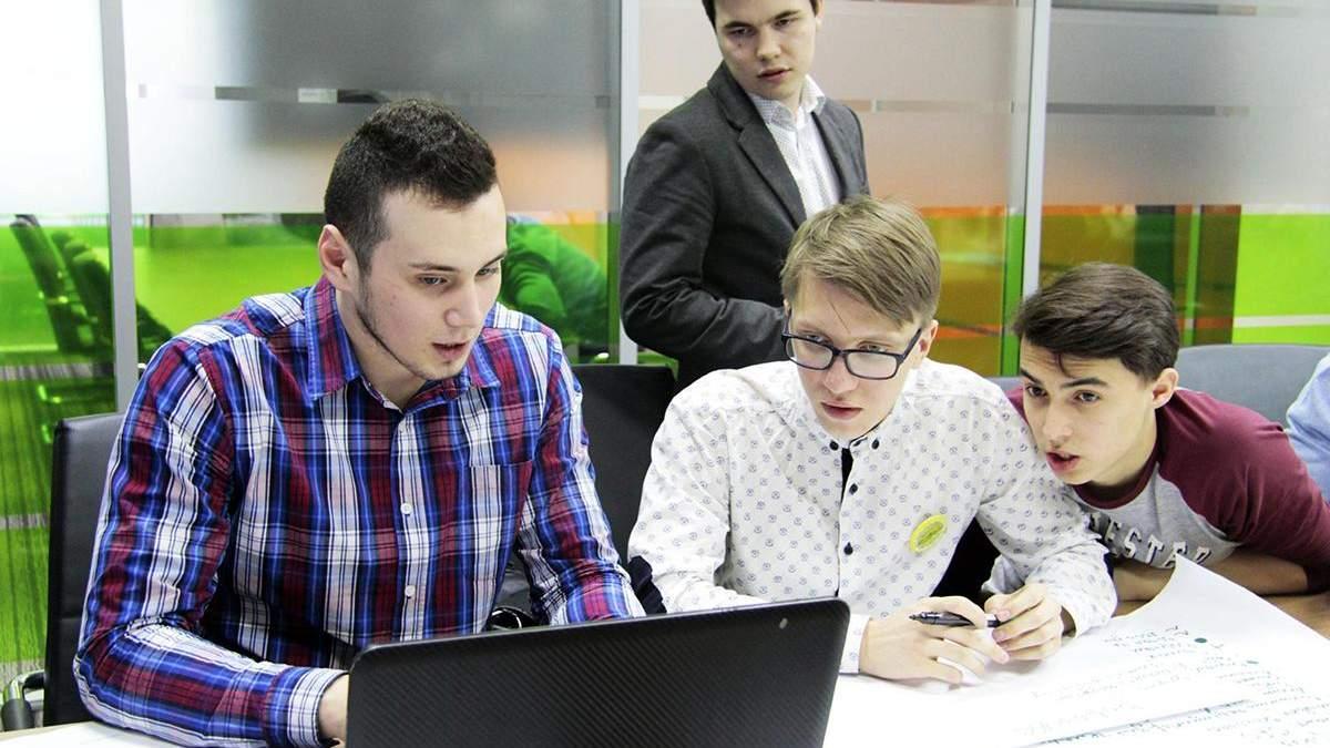 Від ІТ-галузі до бюджету України надійшло 8 мільярдів гривень податків за перше півріччя 2019 року