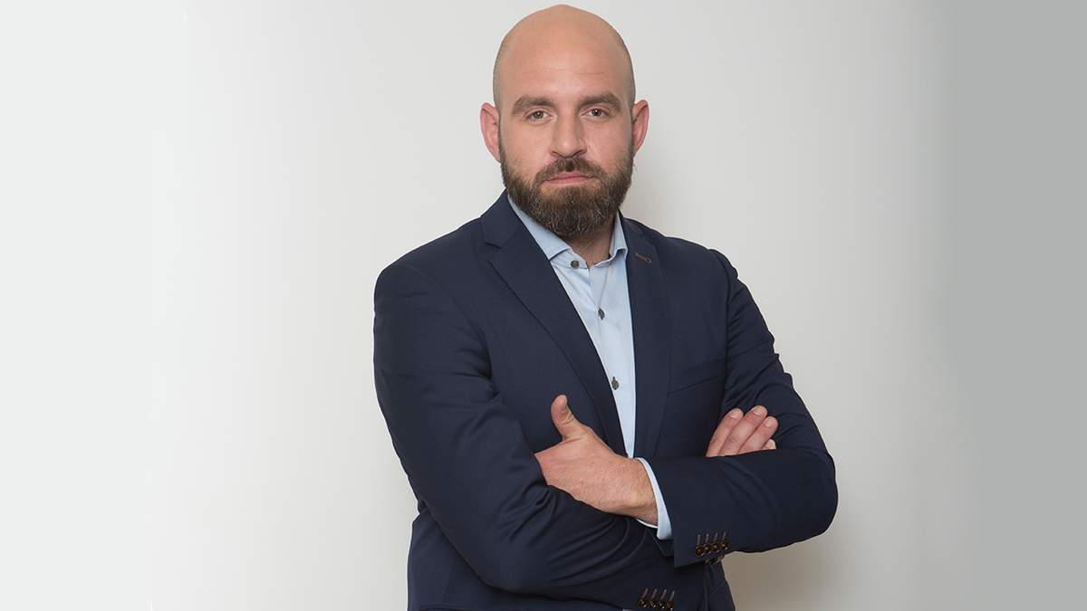Павел Казарин