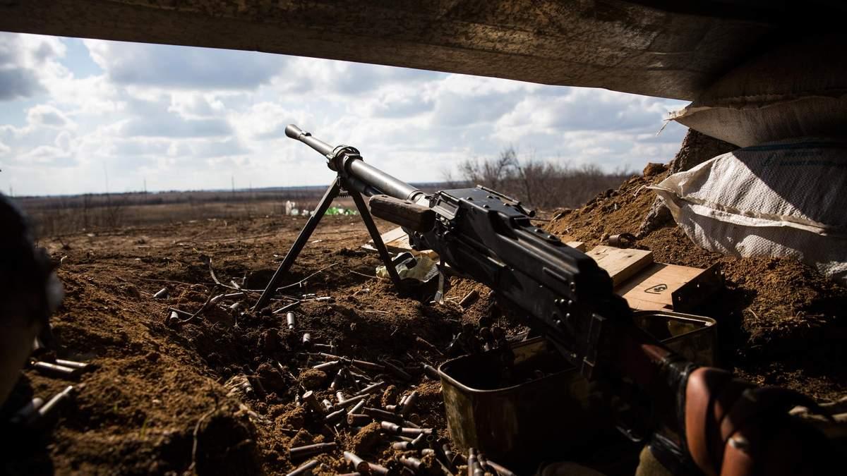 На Донбассе боевики продолжают обстрелы, есть раненый