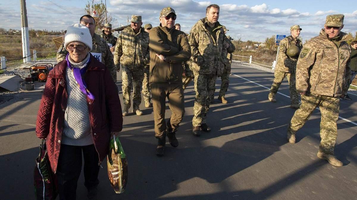 Как и на какое расстояние будут разводить войска: объяснения военного командования