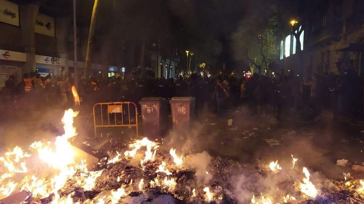 Протесты в Барселоне 15 октября