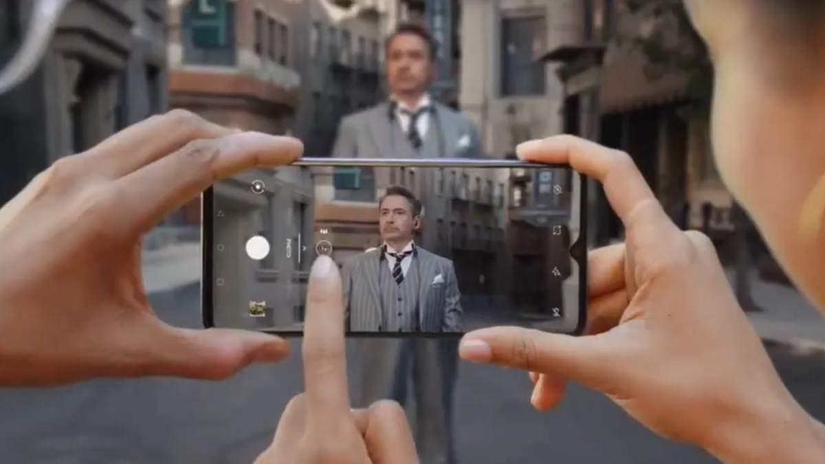 Роберт Дауни-младший в рекламе OnePlus 7T
