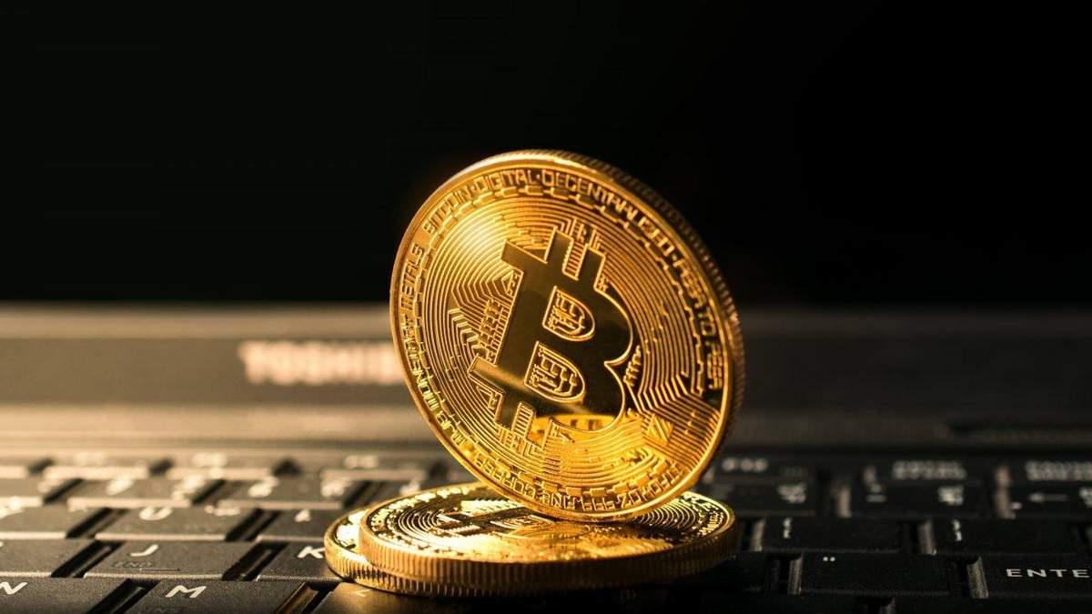 Bitcoin подорожал на 30% за одну ночь