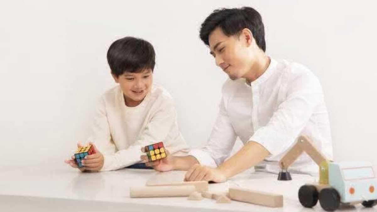 Xiaomi випустила розумний кубик Рубіка