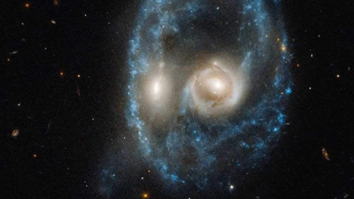Hubble сфотографировал лицо в космосе
