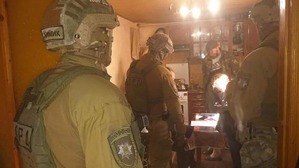 Миколаївські правоохоронці затримали банду викрадачів людей