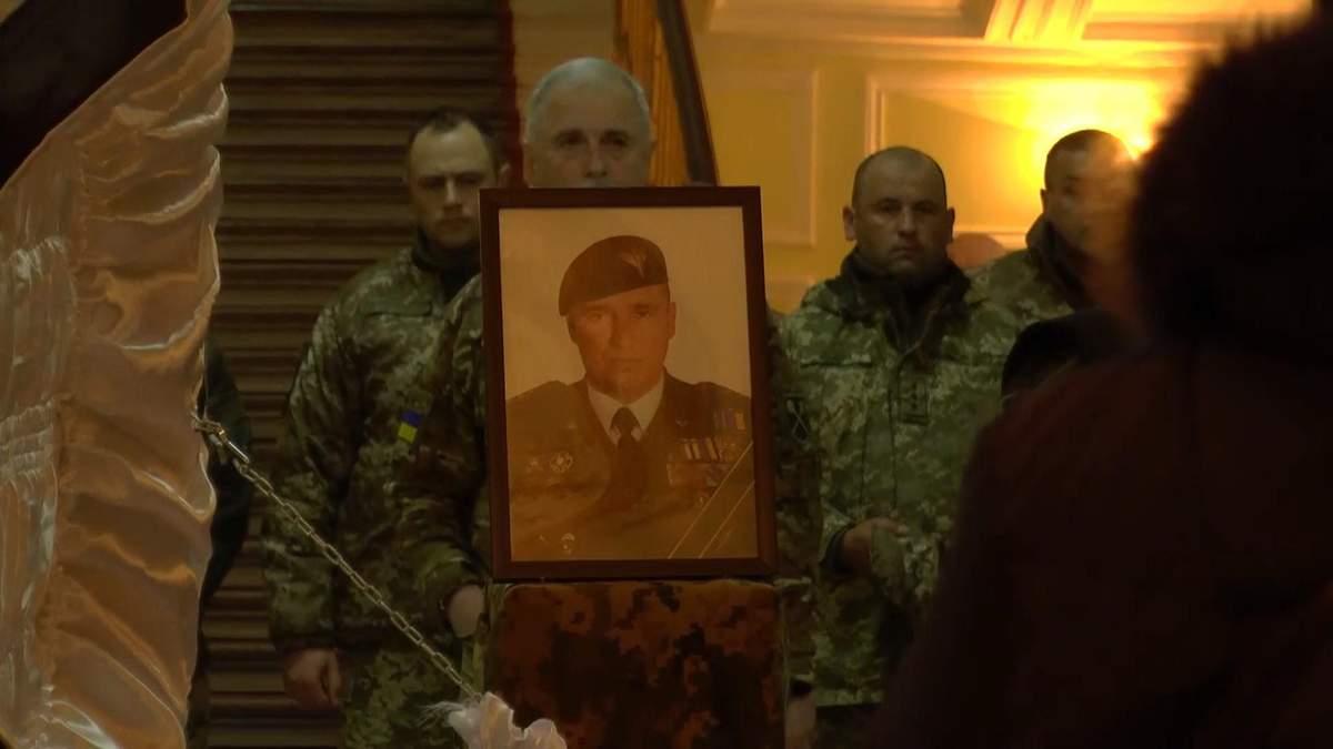 В Сумах попрощались с погибшим бойцом Коростелевым: воспоминания об отважном командире