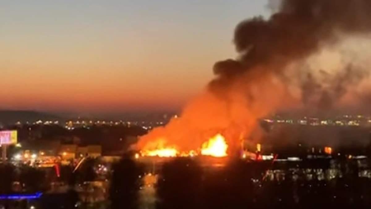 Пожежа у Москві біля МКАД