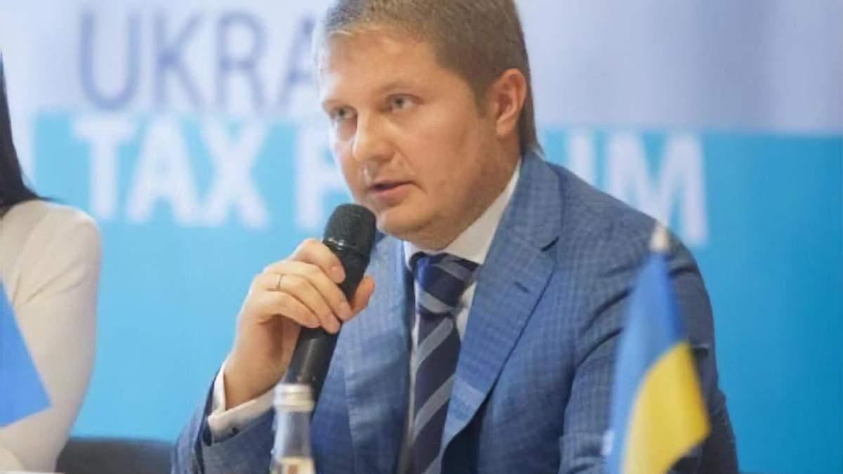 Доцент кафедри кримінального права та кримінології Університету ДФС Андрій Гмирін