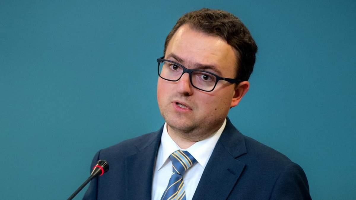 Робота над стратегією повернення Криму до України триває, – Кориневич