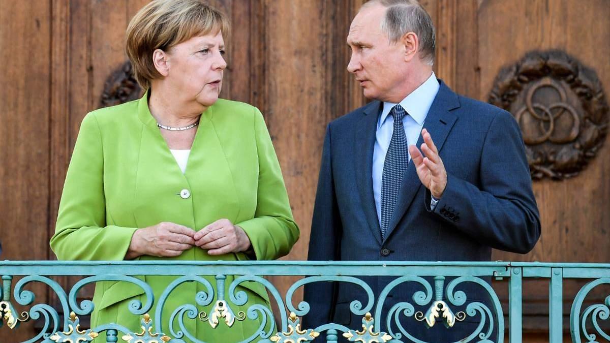 """Правительство Меркель РФ помогает бороться с санкциями США против """"Северного потока-2"""""""