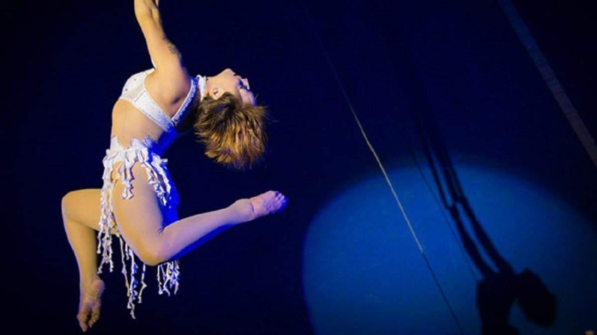 Гімнастка петербурзького цирку впала з висоти під час виступу