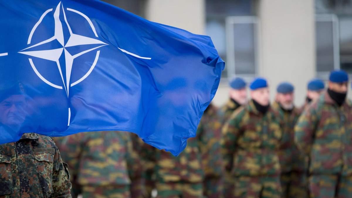 НАТО розділився на дві організації, – Politico