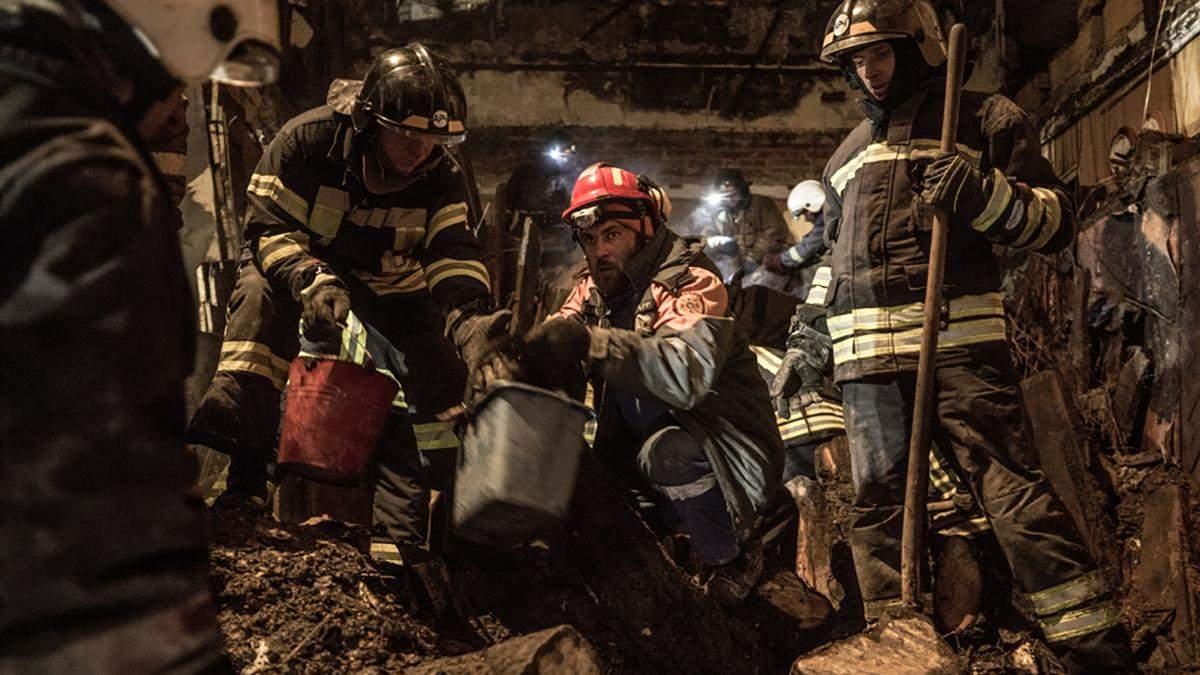 Пожежа в Одесі на Троїцькій 4 грудня 2019: фото, відео рятувальної операції