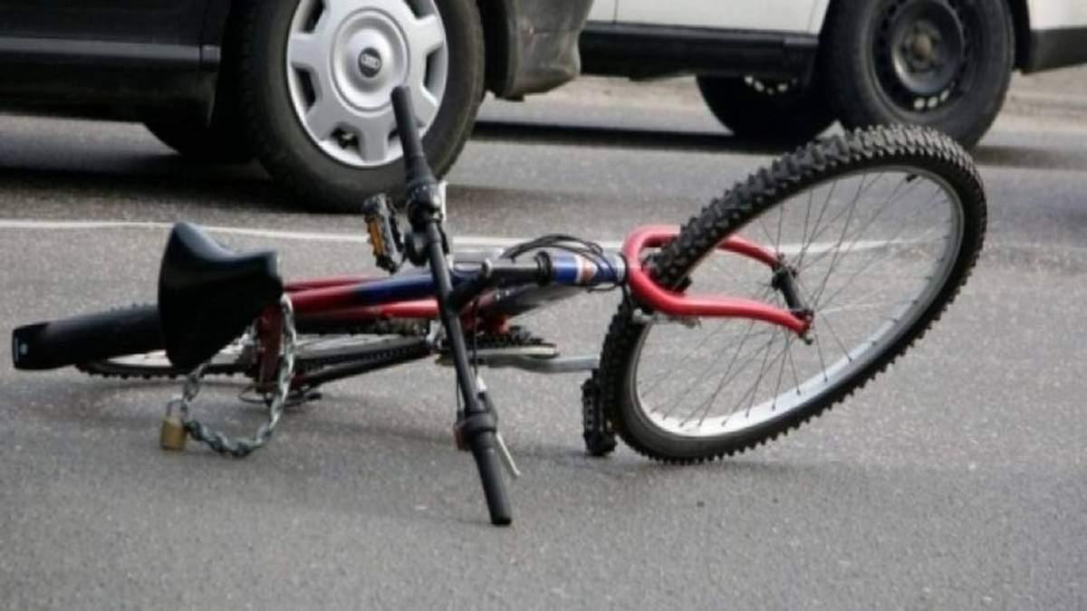 Поліцейський на Житомирщині збив насмерть велосипедиста і втік: його вже затримали