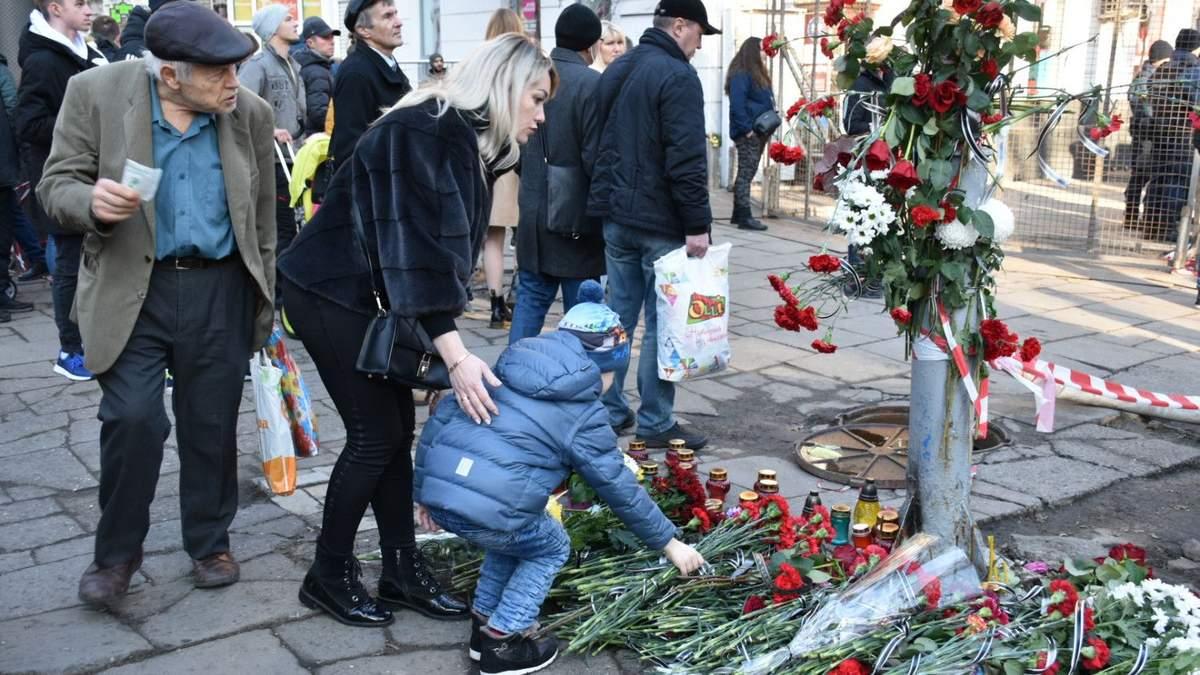 Пожар в Одессе на Троицкой: семьям погибших выплатят по 100 тысяч гривен