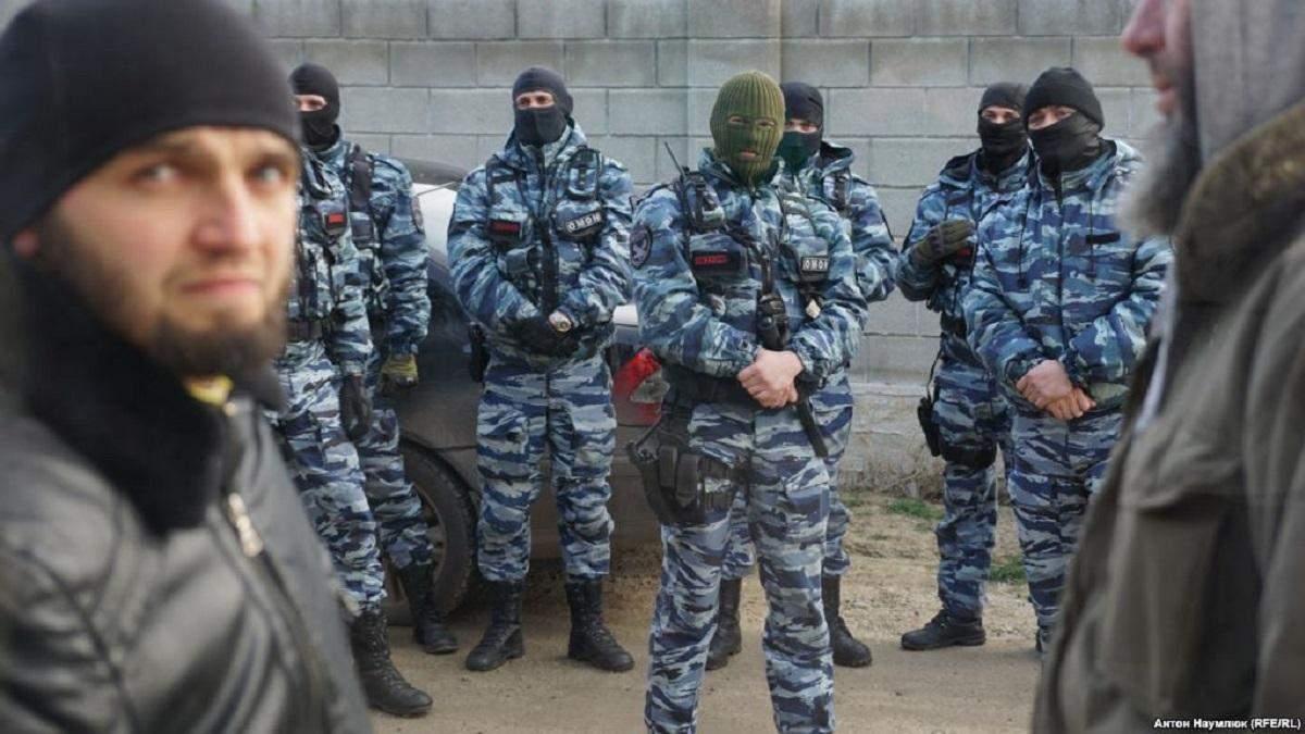 Российские силовики учились разгонять митинги на школьниках