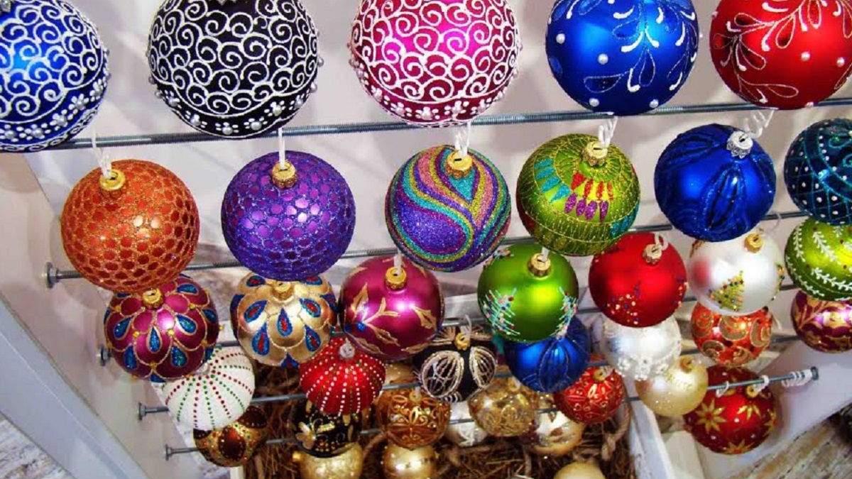Украина экспортирует елочные украшения в 27 стран