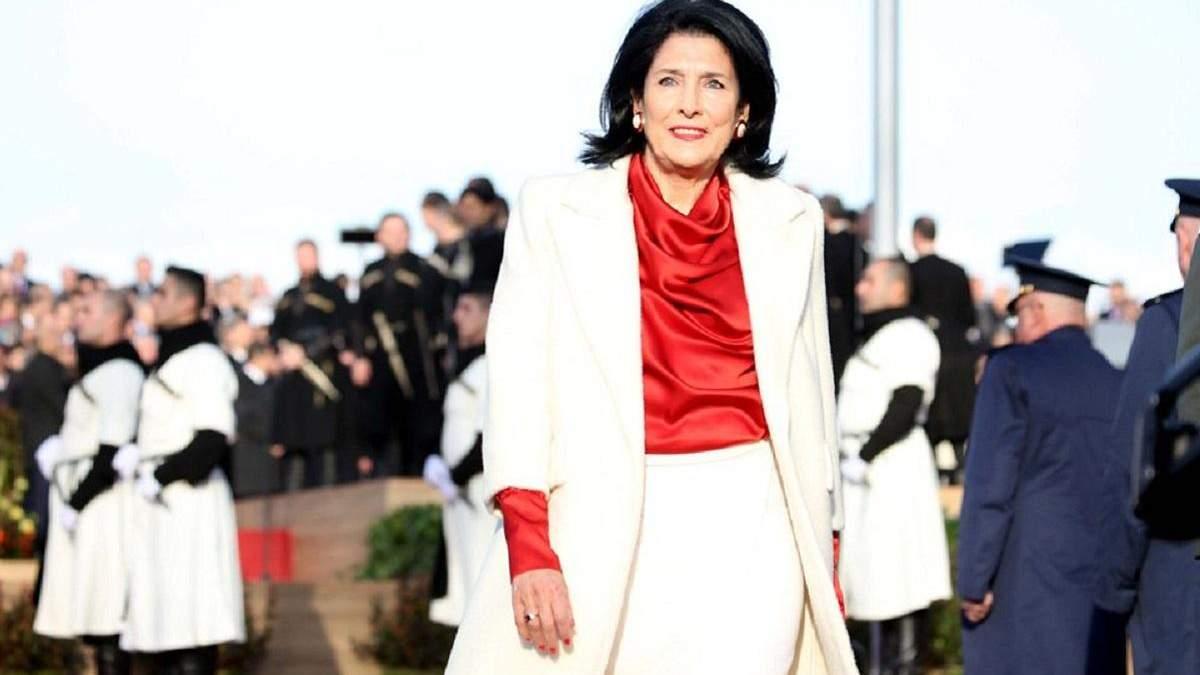 Зурабішвілі просила Макрона, щоб на нормандському саміті у Парижі обговорювалася і тема Грузії