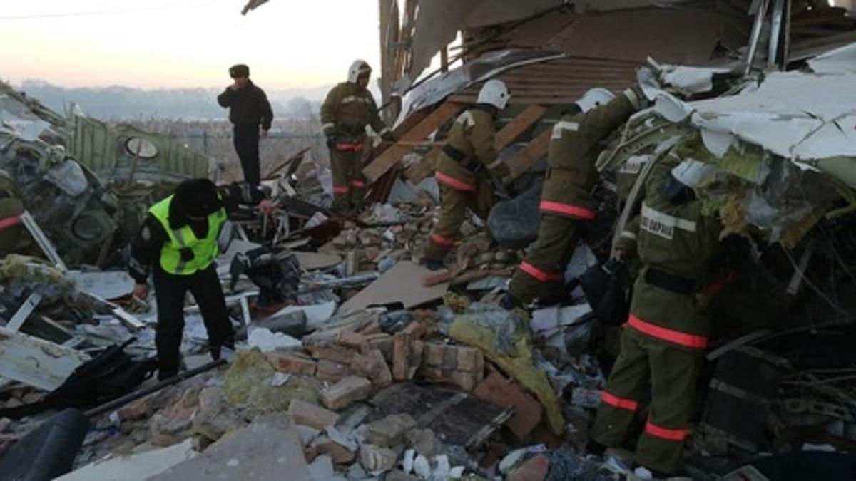 На борту літака, який розбився в Казахстані, було 2 українців