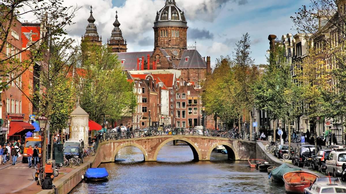 В Амстердамі запровадили новий податок для туристів