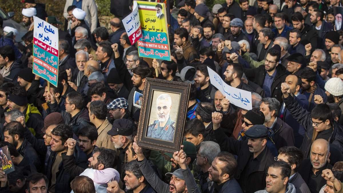 Парламент Ирака поддержал высылку войск США после убийства Сулеймани