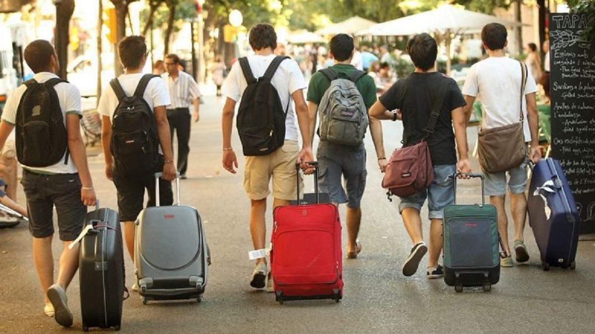 Кабмін хоче покращити якість послуг для туристів