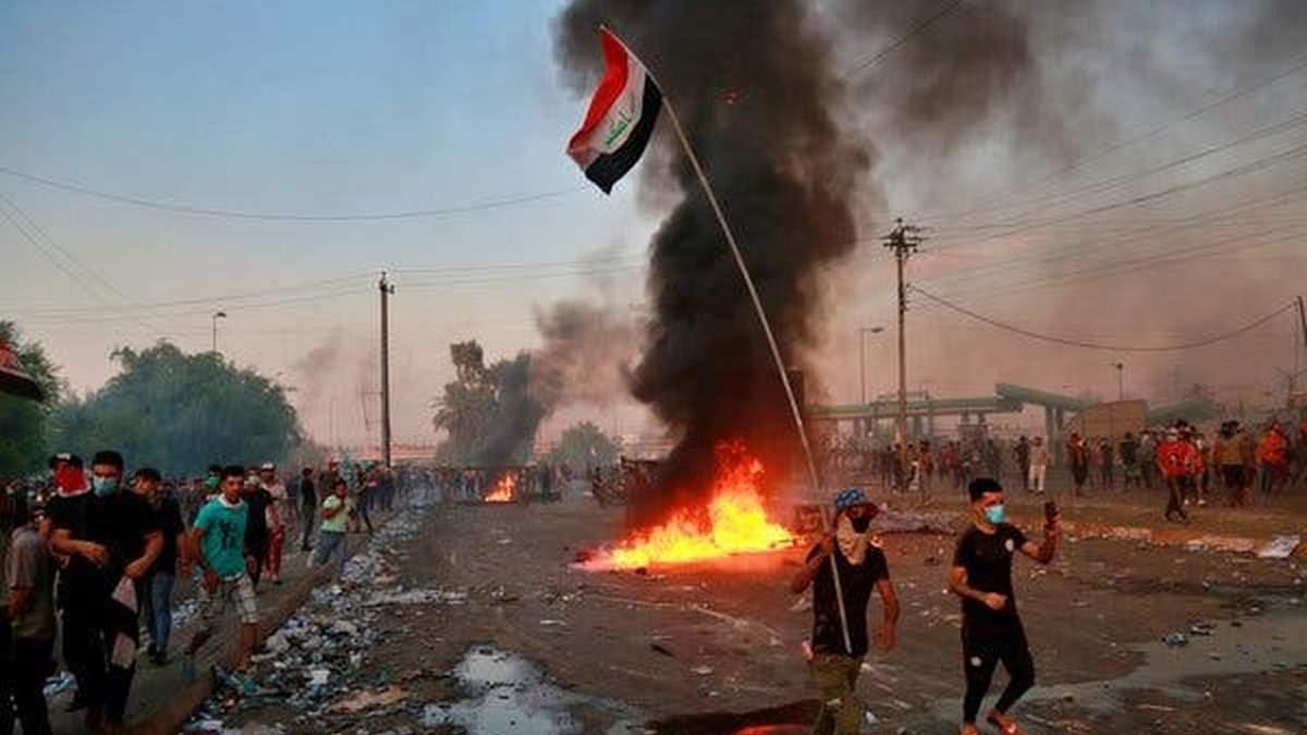 """Ірак просить США піти геть з країни, Білий дім закликав """"подумати ще раз"""""""