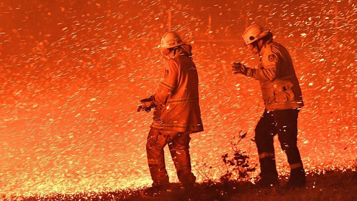 Пожежі в Австралії – вогонь формує погоду, що сприяє його поширенню
