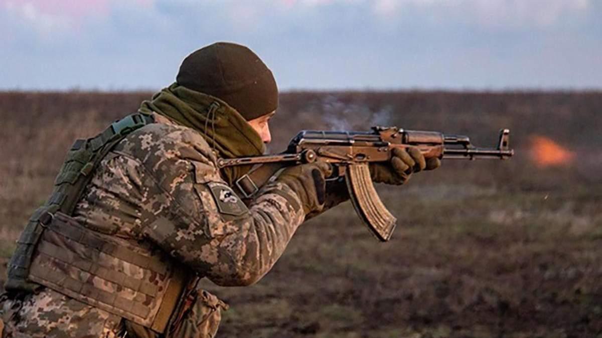 Обстріли на Донбасі не вщухають навіть напередодні Різдва