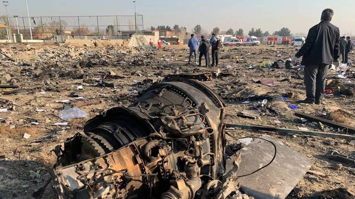 В Иране упал украинский самолет: 177 человек погибли
