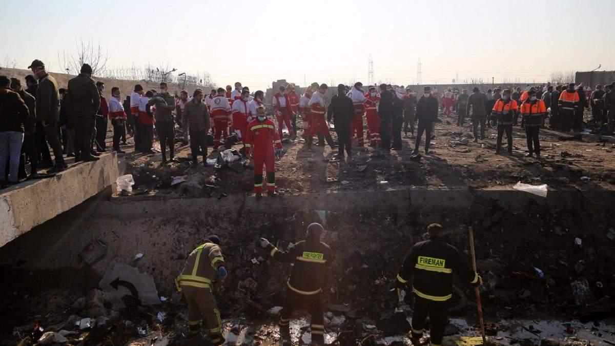 У РНБО повідомили про 7 версій авіакатастрофи
