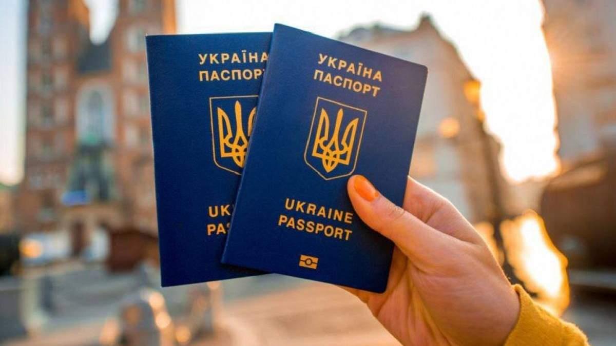 В 26 освобожденных украинских пленных нет паспортов