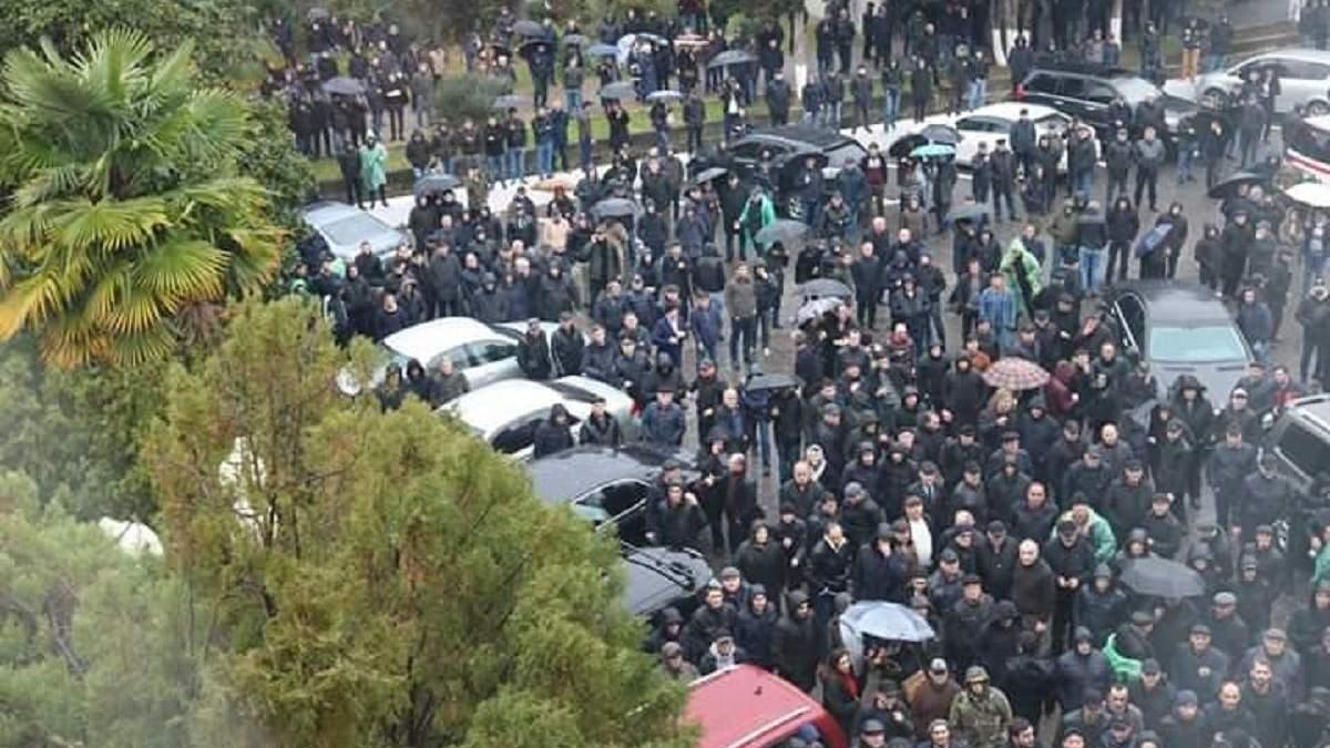 Протесты в Абхазии 2020 – новости, что происходит в Абхазии
