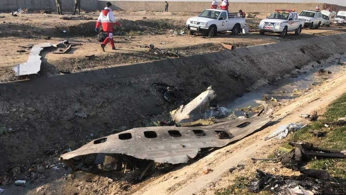Тіла загиблих в авіакатастрофі в Ірані ще не ідентифікували