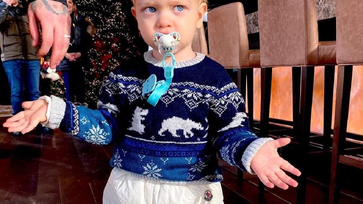 На фото: син К'яри Ферраньї Лео / Як повернутися до нормального життя після Нового року