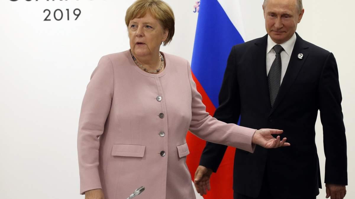 Ангела Меркель и Владимир Путин на саммите в Осаке