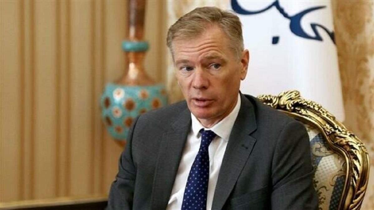 Посла Британії Макейра затримали через участь у протестах в Ірані