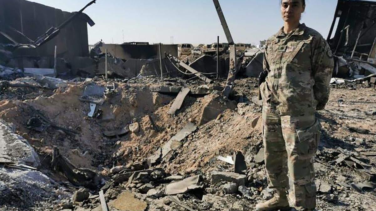 """Фото з місця ракетної атаки на базу """"Айн Аль-Асад"""" в Іраку"""