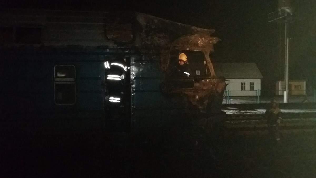 Во время движения загорелся пассажирский дизель-поезд на Сумщине