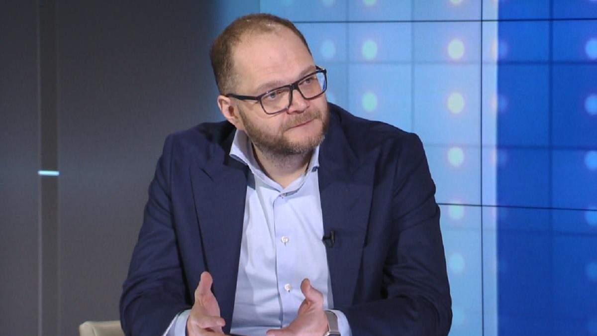 Керівники Мінкультури отримали сотні тисяч гривень зарплати у грудні