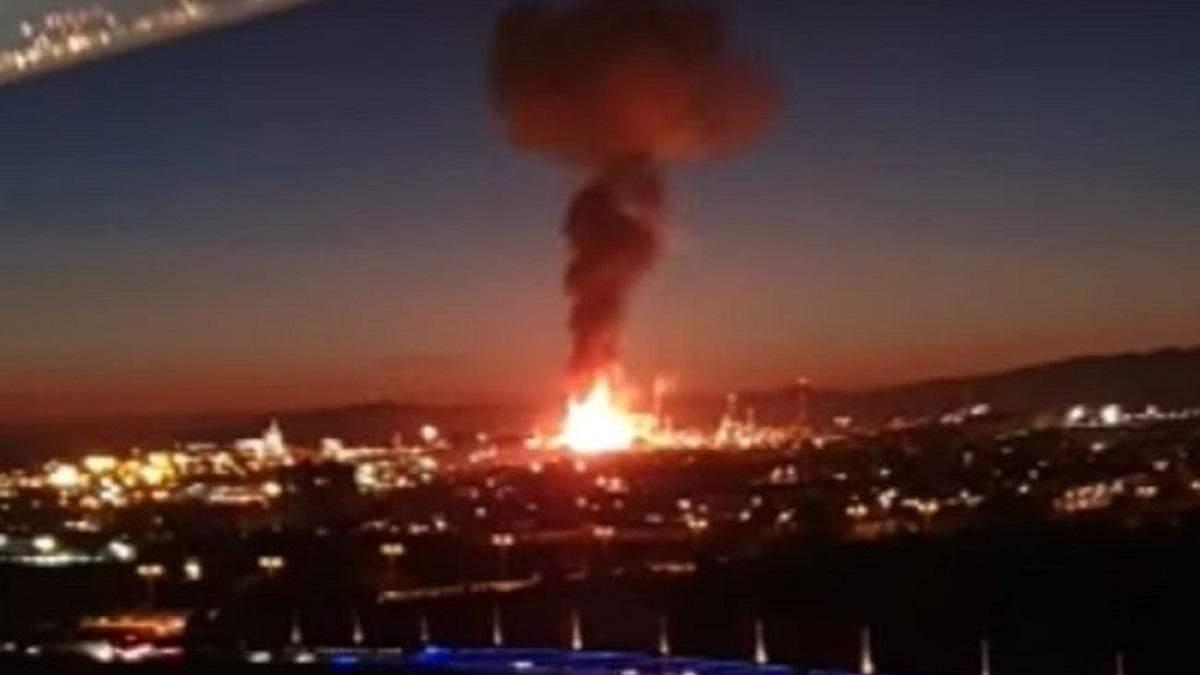 В результате взрыва на заводе в Испании погибли 3 человека