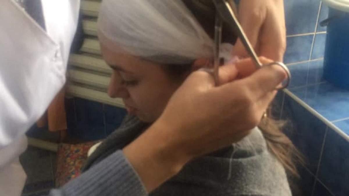На жінку впав шматок карнизу в центрі Одеси